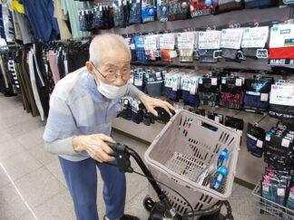 しまむらへ買い物